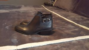 womens 1/2 boots sz 7 for Sale in Tarentum, PA