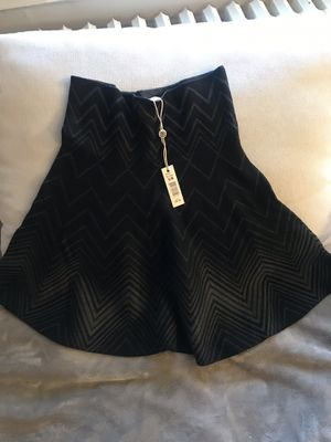 NEW Skirt S/M for Sale in Belmont, MA