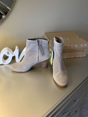 New Tom's Women's Suede Boots for Sale in La Grange Highlands, IL