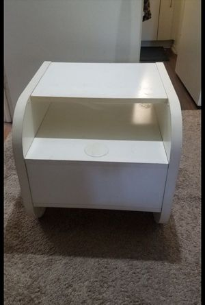 Side Table for Sale in Costa Mesa, CA