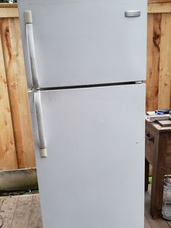 Fridgedaire Refrigerator for Sale in Vancouver,  WA