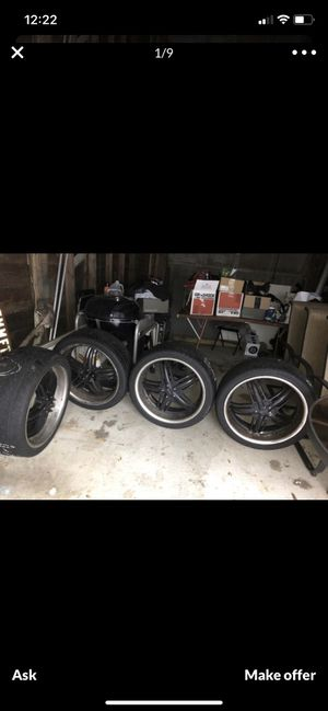 22 inch rims for Sale in Chicago, IL