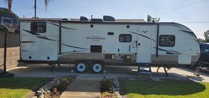 2019 Forest River Wildwood Xlite T282QBXl Travel Trailer for Sale in Chino, CA