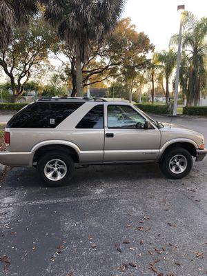 2000 Chevy Blazer for Sale in Miami, FL