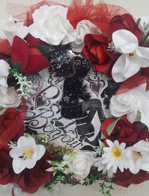 Beautiful hand made decorative wall art arrangement for Sale in Victorville, CA