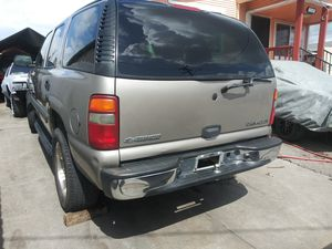 Chevy Tahoe 2003 to 2007 parting out parting out all parts are available for Sale in Oakland, CA