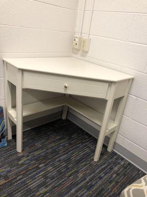 Target Corner Desk w/Drawer for Sale in Grand Rapids, MI