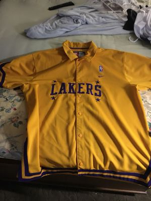 LA Lakers Throwback Warm-Up Jersey for Sale in Olney, MD