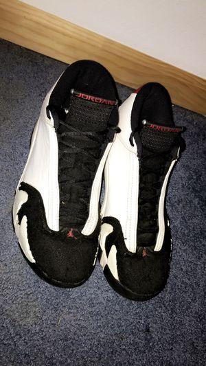 Jordan 14 black toe size 9 for Sale in Harrison, MI
