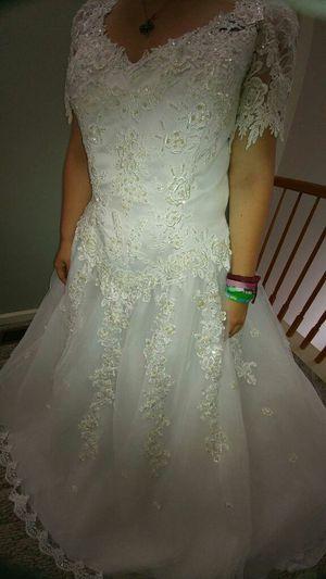 Wedding Drest, new with tags, sz 16 for Sale in Lanoka Harbor, NJ