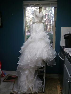 Maggie Sottero Mermaid Wedding Dress Size 10 for Sale in Tacoma, WA