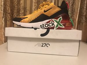 Airmax 270 University Gold for Sale in Columbus, OH