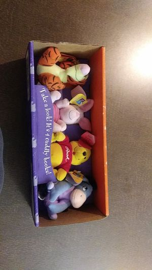 Collection of winnie the pooh stuff for Sale in Clearwater, FL