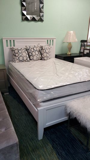 Full bed mattress and box spring for Sale in Mill Creek, WA