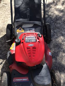 Lawn Mower self-propelled for Sale in Sterling,  VA