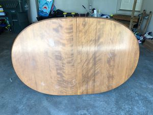 Dining table and 4 chairs for Sale in Olathe, KS