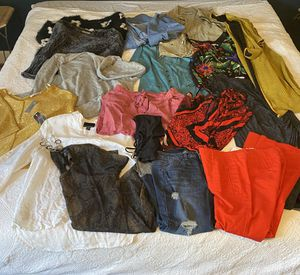 Huge bag of women's clothes size medium for Sale in Wenatchee, WA