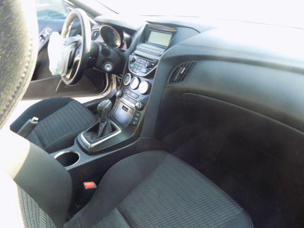 2013 Hyundai Genesis 2.0L (PARTING OUT)