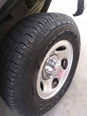 Trade ford rims new tires for Sale in Huffman, TX