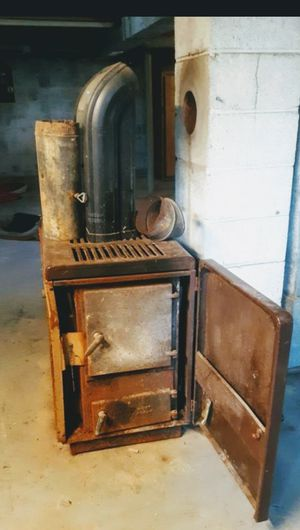 Wood stove for Sale in Gladys, VA