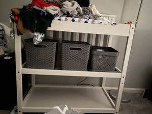 White changing Table with shelves for Sale in Weston, FL