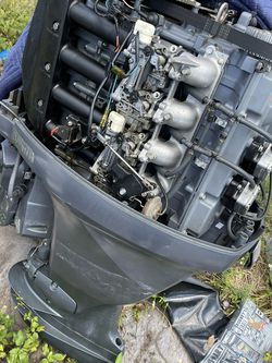 Yamaha 100hp 2001 Hole in Block Selling The Whole Engine No Controls for Sale in Bonita Springs,  FL