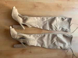GUESS THIGH HIGH BOOTS for Sale in Hayward, CA