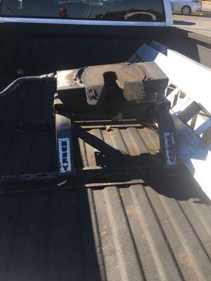 16K 5th Wheel & Aluminal Ramps for Sale in Riverdale, GA