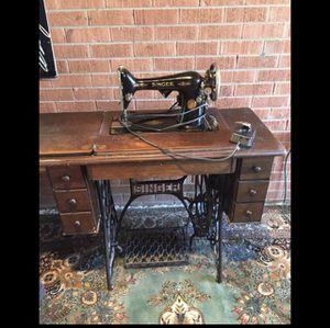 Vintage singer sewing machine for Sale in Denver, CO