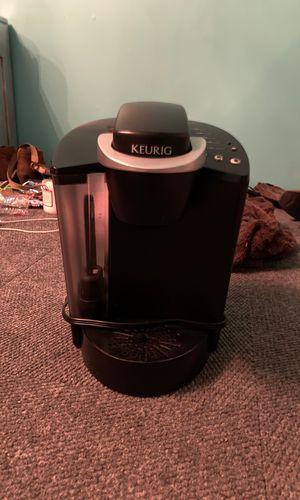 Keurig coffee maker for Sale in SLAUGHTERVL, OK