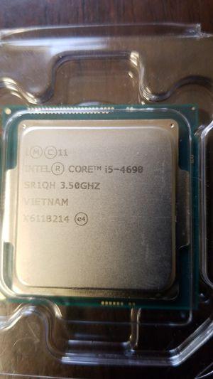 Intel i5 4690 processor for Sale in Pine Hill, NJ