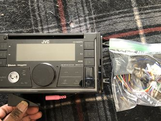 JVC CAR BLUETOOTH CD/RADIO PLAYER for Sale in Bedford,  OH