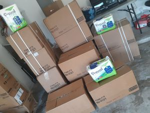 DIAPERS,HOSP BED, CHUCKS for Sale in Lake Worth, FL