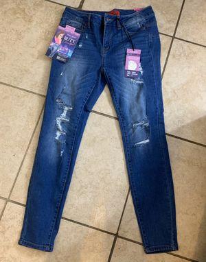 Size 9 new for Sale in San Bernardino, CA