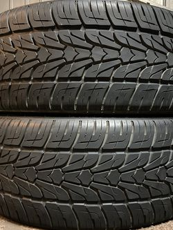 2) 265/35/R22 NEXEN ROADIAN HP tires, $100 for both. for Sale in Bakersfield,  CA