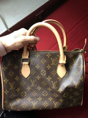 Louis Vuitton Monogram Travel Handbag for Sale in Hartford, CT