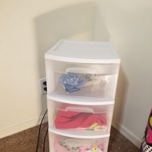 Plastic Drawers!!! for Sale in Rowland Heights, CA