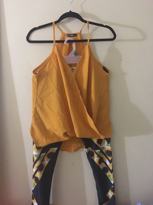 Yellow blouse and black with sunflower prints for Sale in Trenton, NJ