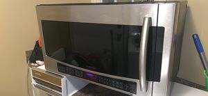 Over-Range 2.1cu.ft Microwave/Vent Hood/Light for Sale in Jonesboro, AR