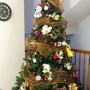 7ft Christmas Tree With Lights for Sale in Pittsburgh, PA