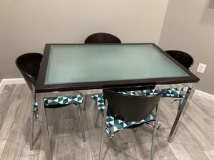 Glass kitchen table and 4 chairs for Sale in Stafford, VA