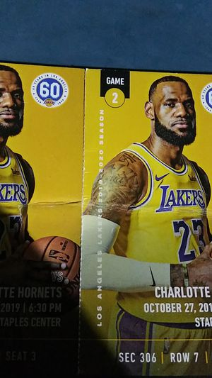 Lakers tickets sec 306 row 7 seat 3 and 4 for Sale in Los Angeles, CA