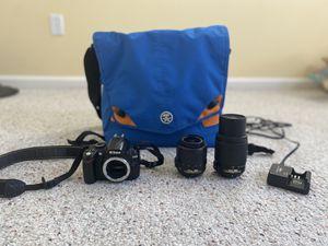 Nikon D3000 camera with original lens, zoom lens, and big camera bag for Sale in Brookline, MA