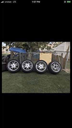 Rims for truck it's for a Chevy or ford for Sale in Las Vegas, NV