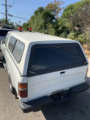 Camper for a Toyota small pick up truck for Sale in Fontana, CA