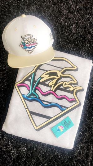 Pink Dolphin Hat & Sweater for Sale in Sacramento, CA