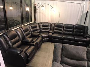 Black Leather Recliner Sectional for Sale in Portland, OR