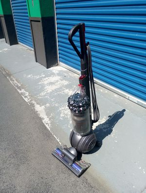 Dyson vacuum big ball for Sale in Hyattsville, MD