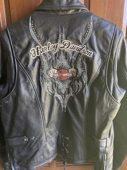 Lady's Harley Davidson Leather riding Jacket for Sale in Montevallo,  AL