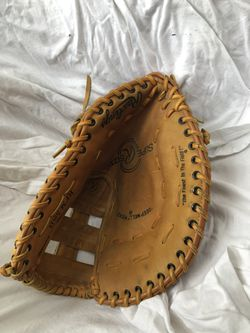 Calling all southpaws: Rawlings left handed first baseman's mitt. All leather. Professional quality. Excellent condition. Three other gloves/mitts a for Sale in Alexandria,  VA